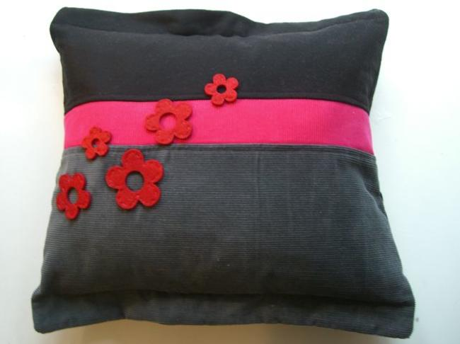 Pink felt flower applique Cashmere, Wool and Corduroy 46x46cm