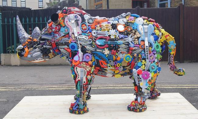 Rhino Two Commission for IAPM Mall Shanghai Chinai by robert bradford